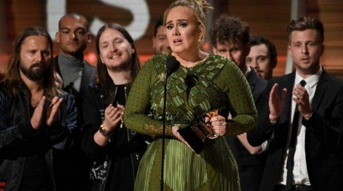 ซึ้งหนักมาก! 'อะเดล' กับสปีชแห่งค่ำคืน Grammy Awards ที่ทำเอา 'บียอนเซ่' ถึงกับน้ำตารื้น!