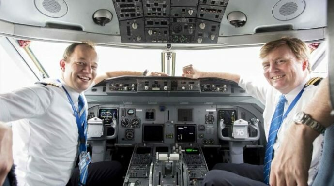 กษัตริย์เนเธอร์แลนด์เผย ทรงแอบเป็นนักบินสายการบินเคแอลเอ็ม มานาน 21 ปีแล้ว!